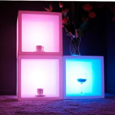 Cubo luminoso multifunzione a LED multicolore - 40 cm