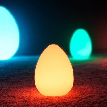 Uovo luminoso a LED multicolore - JAJKO - 28 cm