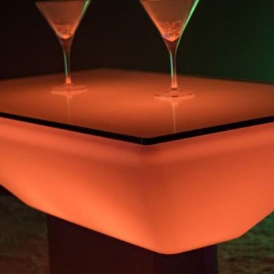 Mehrfarbiger LED beleuchteter Couchtisch - Stahlquadrat