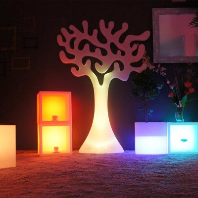 Albero luminoso a LED multicolore