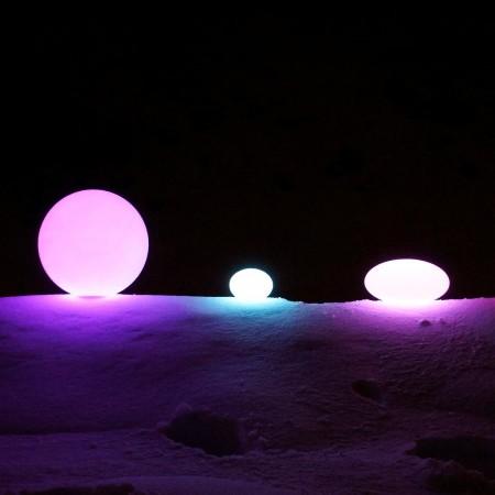 Mehrfarbiger LED-Lichtball - 20 cm