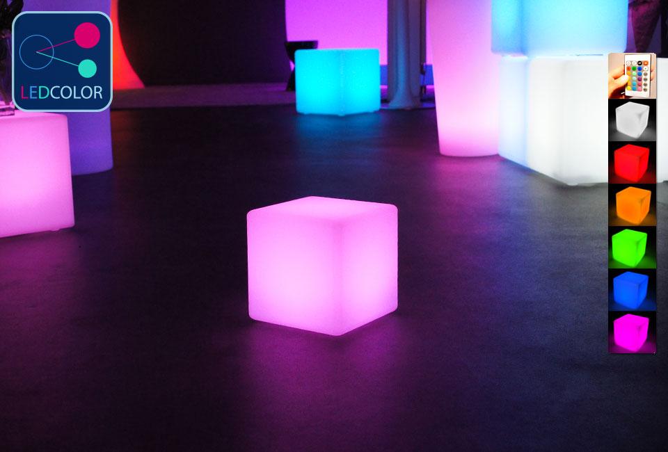Cube lumineux multicolore sans fil cube led 20 cm 60 for Cube lumineux exterieur sans fil