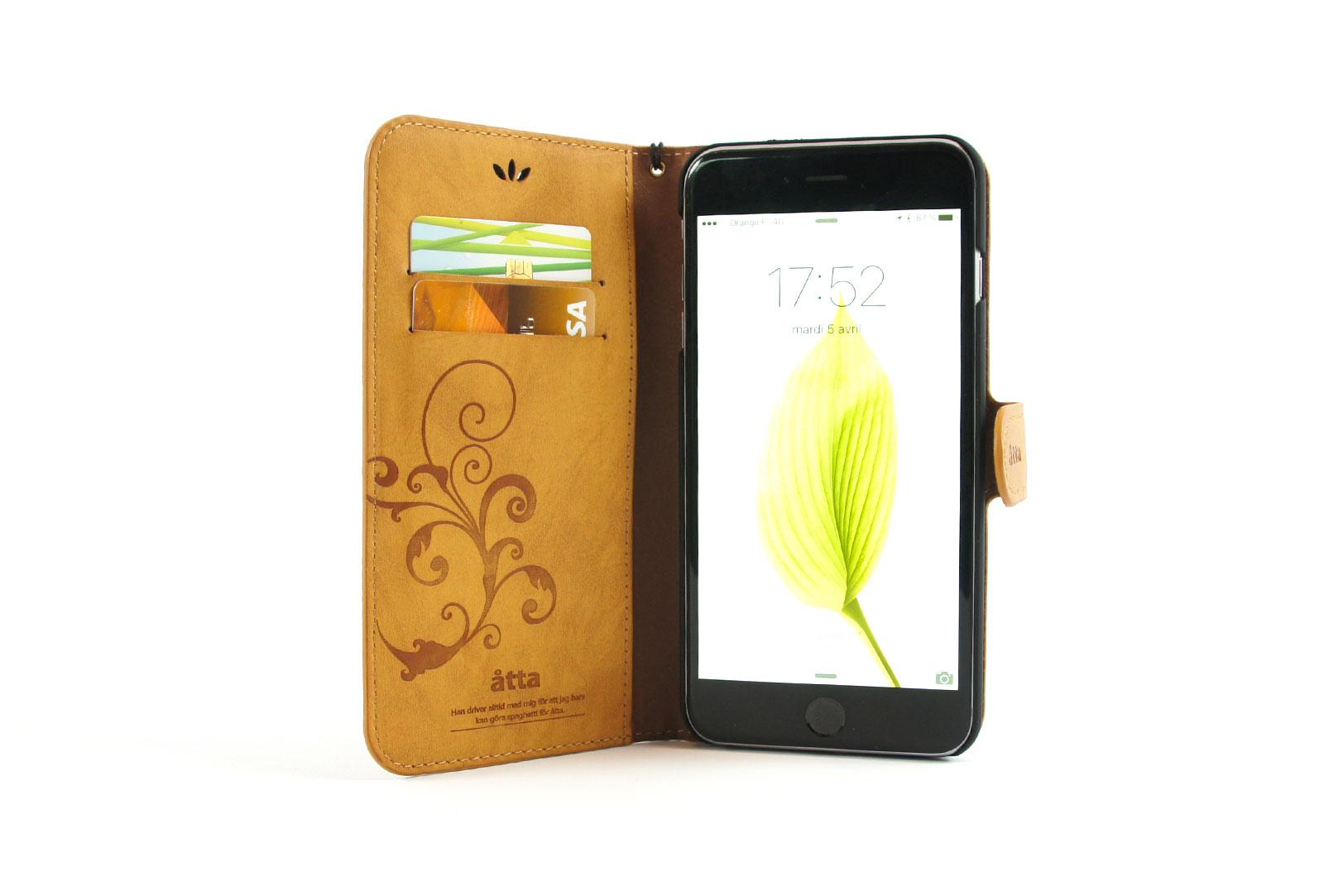 tui portefeuille en simili cuir camel pour iphone se iphone 5 et iphone 5s. Black Bedroom Furniture Sets. Home Design Ideas