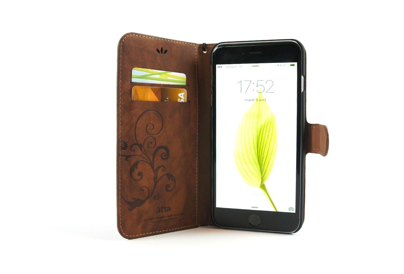 tui portefeuille en simili cuir marron pour iphone se iphone 5 et iphone 5s. Black Bedroom Furniture Sets. Home Design Ideas