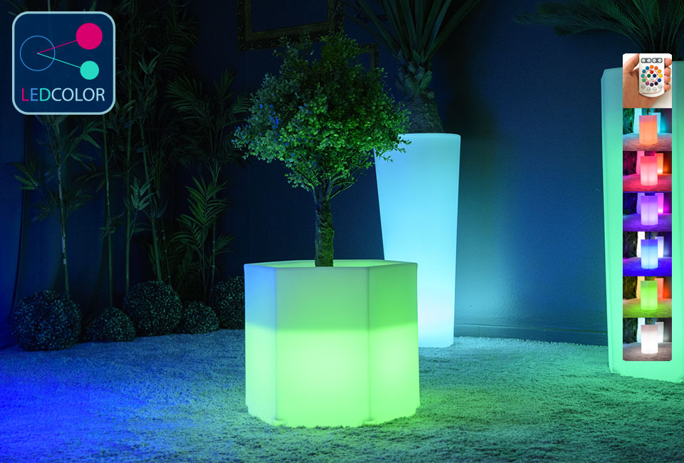 pot de fleurs lumineux solaire led multicolore exagone s 30. Black Bedroom Furniture Sets. Home Design Ideas