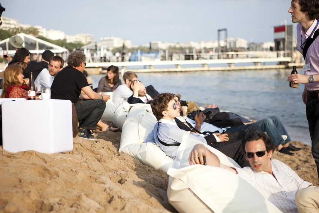 Pouf OUtdoor BiG52 plage de la Quinzaine des Réalisateur Festival de Cannes