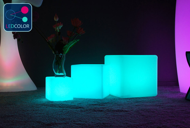 cube lumineux multicolore sans fil cube led 40 cm 60. Black Bedroom Furniture Sets. Home Design Ideas