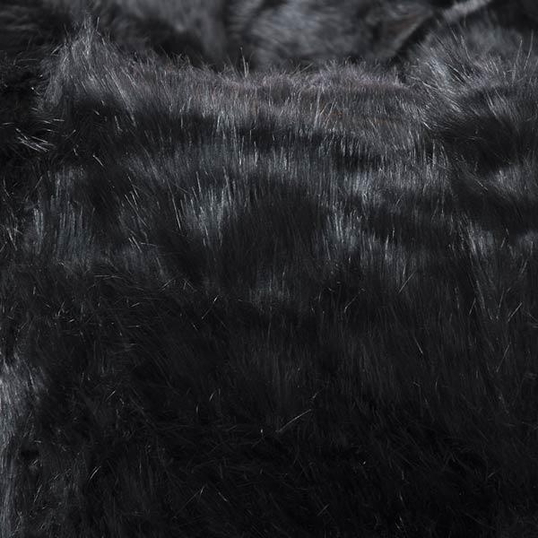 pouf géant noir TiTAN est en fourrure à poil long