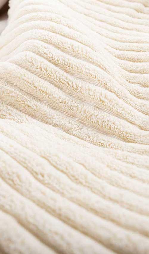 pouf géant rond en velour beige pour salon
