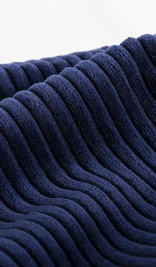 pouf fauteuil rond en velour bleu marine pour salon