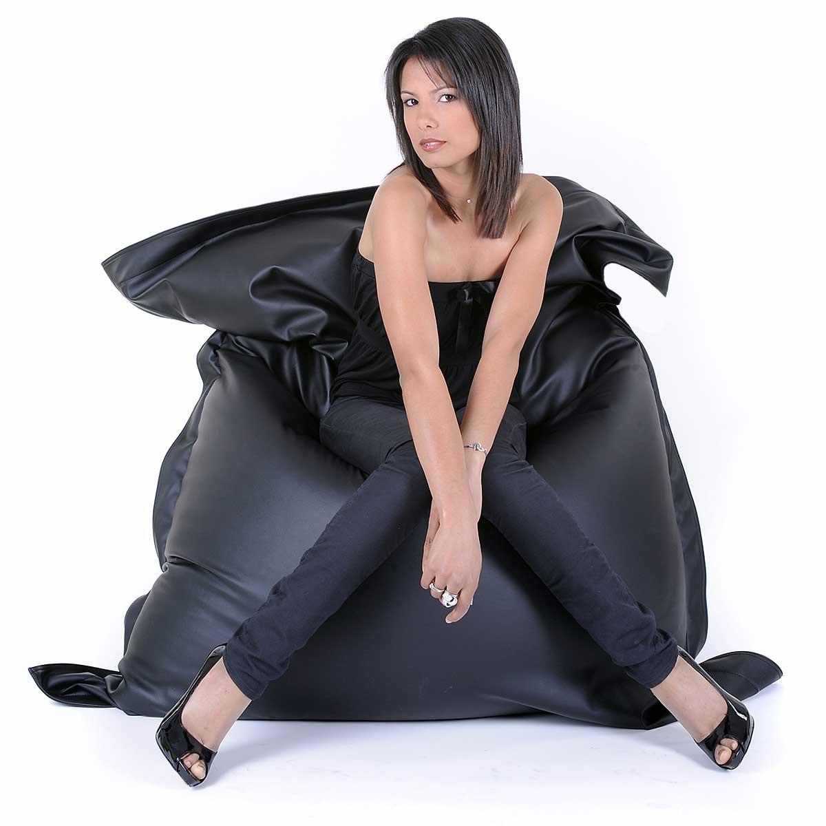 pouf géant simili cuir noir BiG52