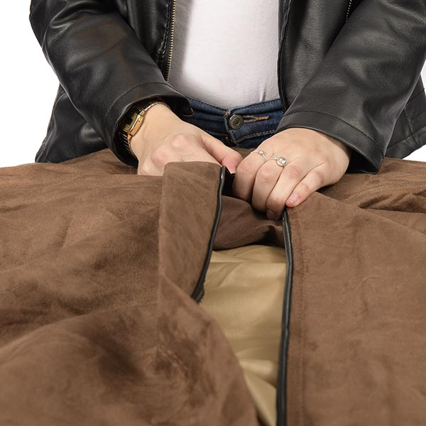 le pouf microsuede marron TiTAN est déhoussable